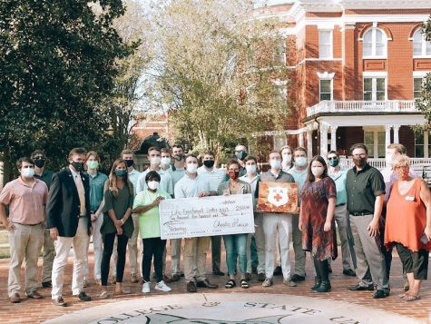 Kappa Alpha Raises $2,500 for Life Enrichment Fund